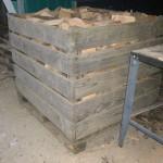 hardhout mengeling, korte stukken gezaagd en gekloven op 25 cm